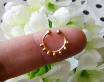 Goldfilled Septum Ring, fake Septum Ring, Handmade Septum Ring, Septum Cuff, Septum Clip, Tragus, Helix, Cartilage Earrings. Design no. FG2