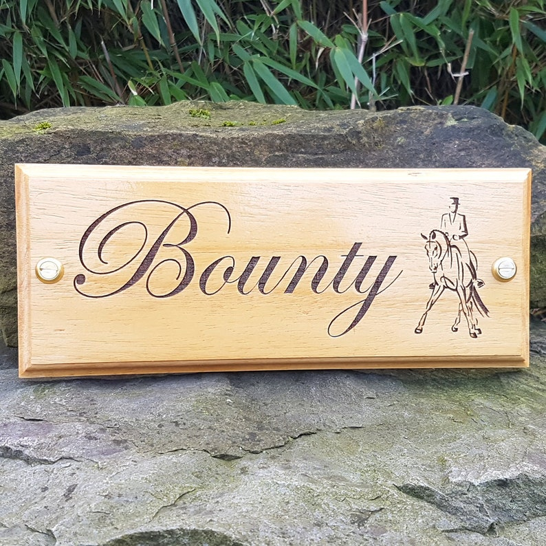 Edwardian Font /& Dressage Logo Horse Name Plate Stable Door Sign Plaque Custom Made Stable Name Plate