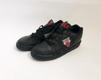 f39e6c0a1 vintage converse ox chicago bulls sneakers big kids size 2 deadstock NIB 90s