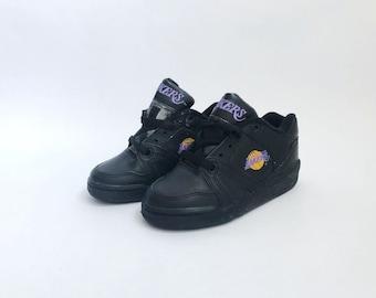 a715f6058d26 vintage converse ox los angeles lakers sneakers little kids size 11  deadstock NIB 90s