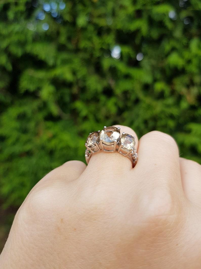 smoky quartz ring quartz jewellery vintage quartz size 7.5 vintage three stone ring Vintage Smoky Quartz Three Stone Ring