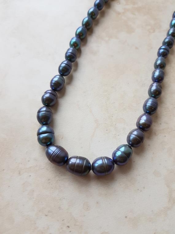 Vintage Pearl Necklace - june birthstone - culture