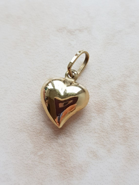 Vintage Gold Puffy Heart Charm - gold jewellery -