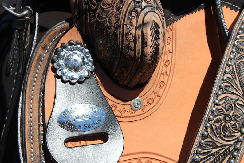 Handmade Western Saddle /& Bridle Set With A Custom Antiqued Floral Tooled leather Finish Trail Barrel Horse Tack package