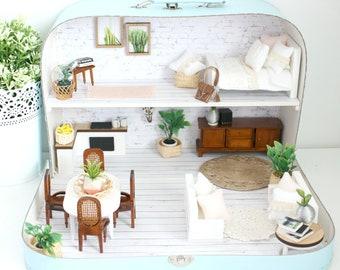Suitcase Dollshouse : Boho House