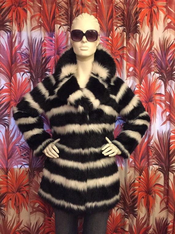 Funky vintage coat Asos sixties seventies style re