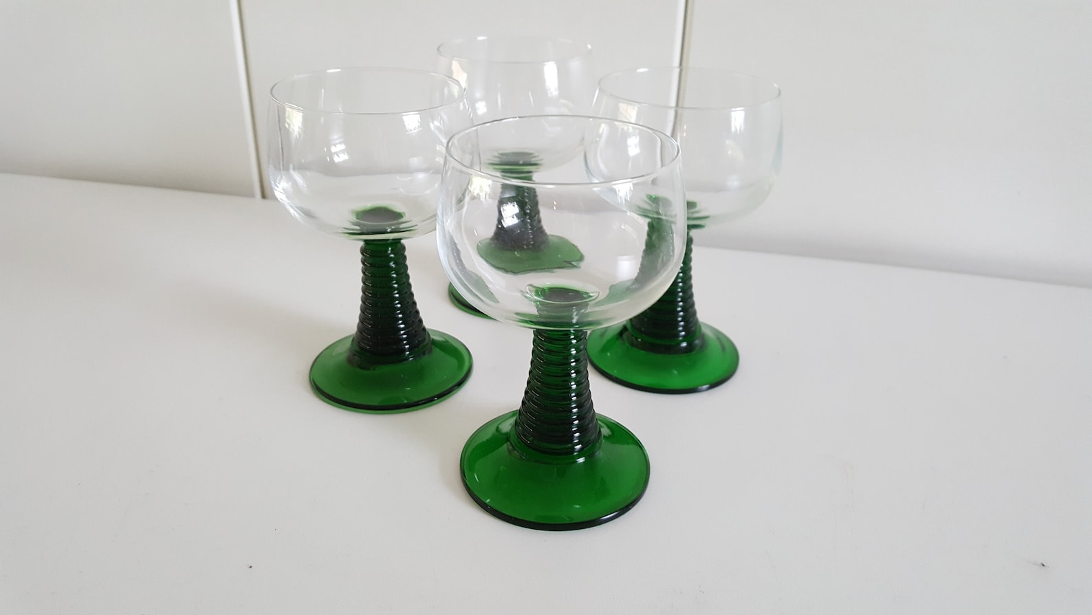 Roemer wine glass crystal design crystal 4x wine glasses with green spiral foot