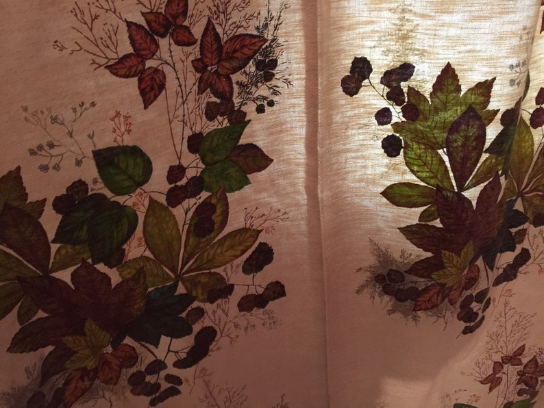 Leaf motif Curtains from the Sixties with chestnut leaves vintage curtain different leafs design