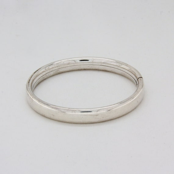 Vintage solid silver minimalist bangle, Silver sta