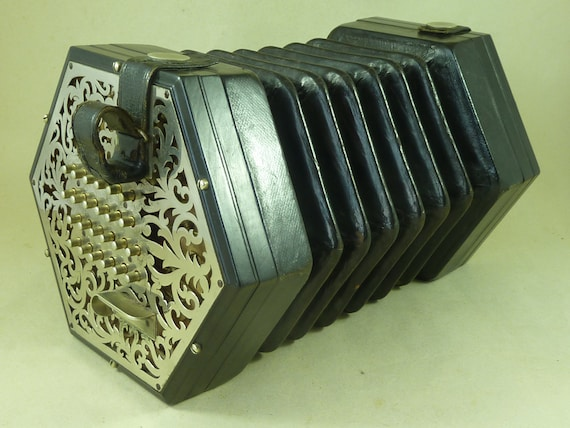 Dating Lachenal Engels concertina
