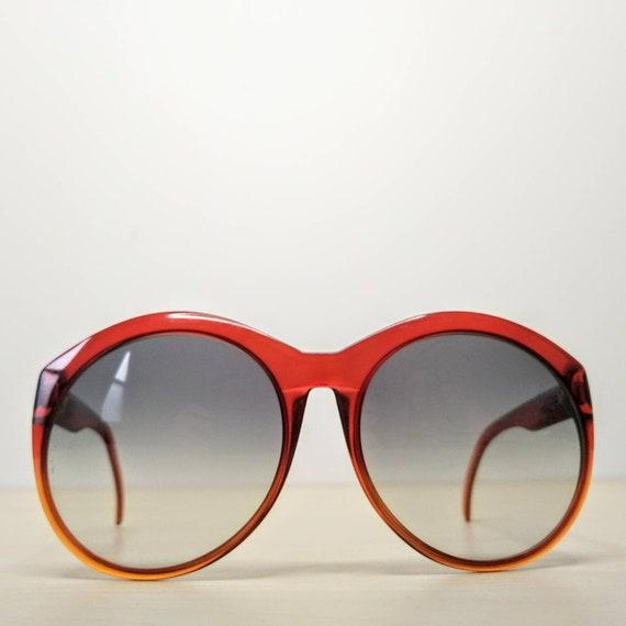 Vintage Viennaline 1128 Optyl Red Amber Oversized… - image 1