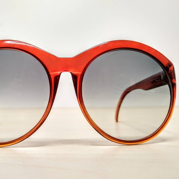 Vintage Viennaline 1128 Optyl Red Amber Oversized… - image 3