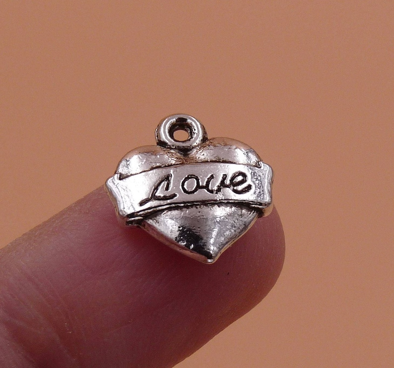 Charms for Bracelets Bracelet Charms 5x Heart Charms Necklace Pendants Charms 2 Sided Antique Silver Tone Love Charms Love Charms