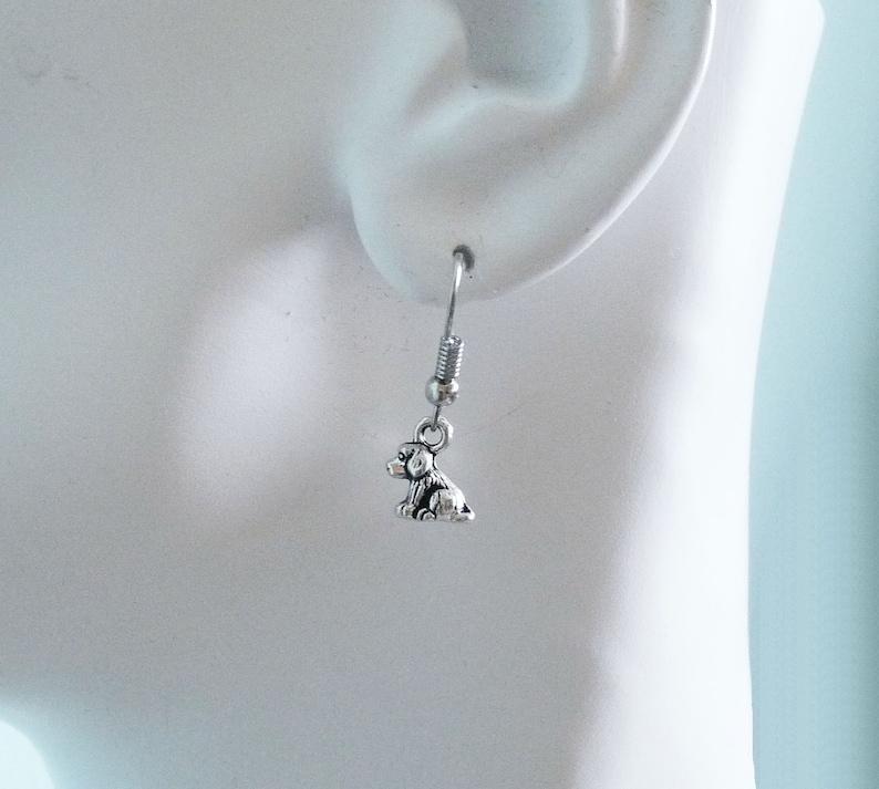 Rubber Backs Dog Earrings 3D Puppy Spaniel Charm Earrings Hypoallergenic Fish Hook Earrings Tiny Dog Charm Earrings C245