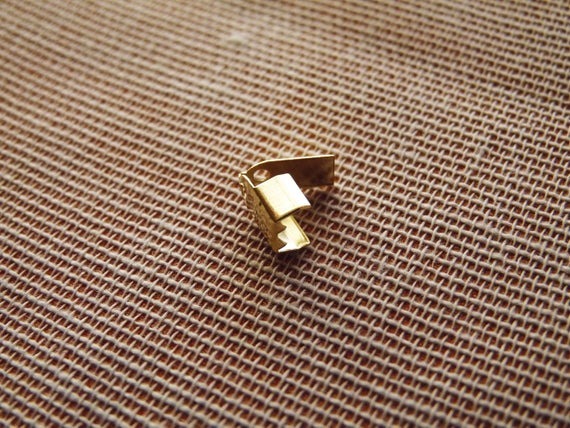 VINTAGE TINY STAMPED PATTERN BRASS FOLD OVER FOLDOVER CONNECTOR FINDING • 6mm