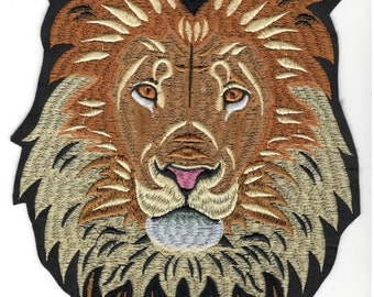 AFRICAN LION iron-on PATCH embroidered ROARING WILD ANIMAL SOUVENIR APPLIQUE 438