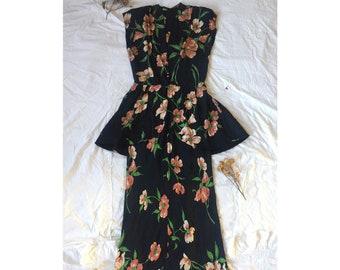 9840e43d0499a 1940s Hattie Carnegie Little Salon Sequinned Black Crepe Peplum Evening  Gown Cocktail Dress Medium