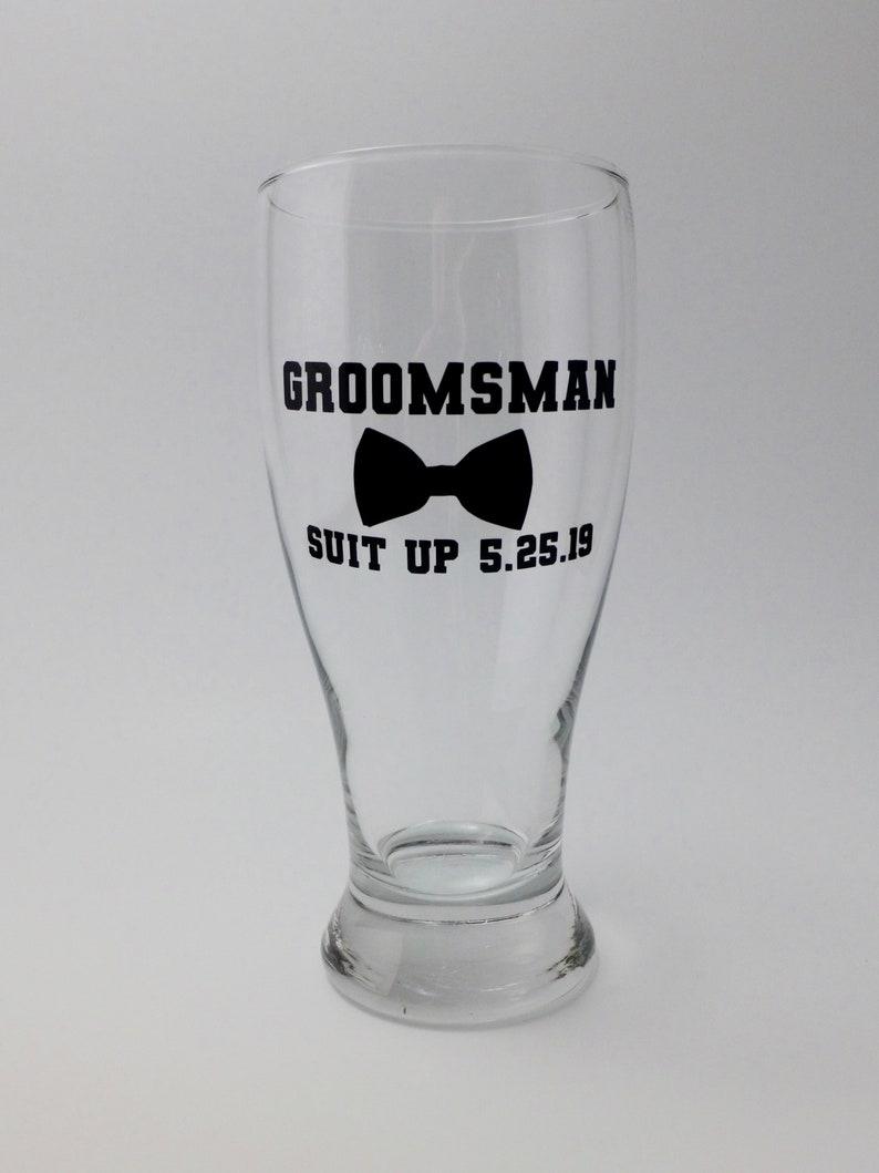 Groomsman bowtie Pub Glasses set of 1 bowtie