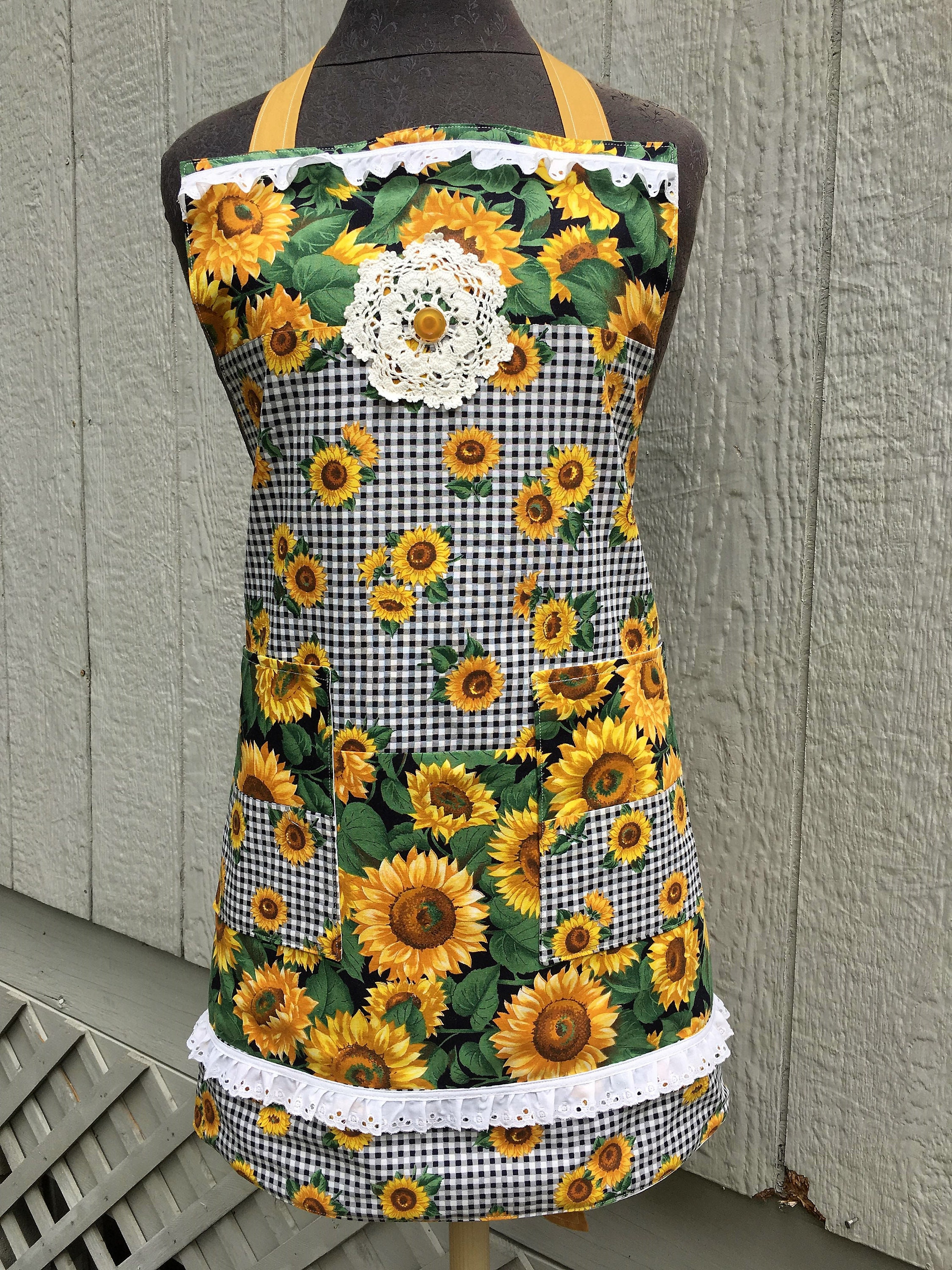5953fc0ca2156 Bright Cheerful Sunflower Apron - Floral Print / Doily / Buttons and more