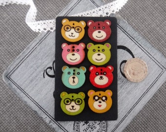 10 x Cute Muted Coloured Vintage Style Bear face Design Wooden Button