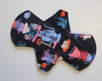 "8"" liner, reusable cloth pantyliner - mad tea party"