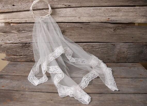 vintage 1950s pearl crown wedding veil, vintage b… - image 9