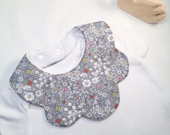Liberty of London Baby bib, June's Meadow F fabric baby bib, scalloped girls bibs, Autumn bib, liberty kids, liberty bibs, floral bib