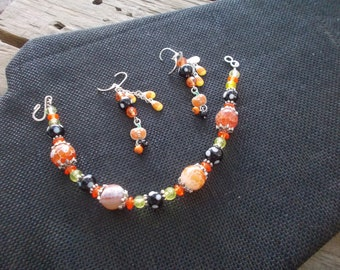 October Bracelet and Earrings, Orange and Black, Holloween Bracelet and Earrings, Gift for Her, Party Jewelry,