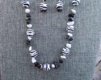 Zebra Print Handcrafted Beaded Necklace and Earrings, Black and White Bead Necklace and Earrings, Zebra Necklace and Earrings.