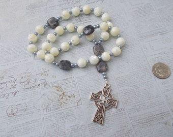 Mother of Pearl Devotional Aid, Rosary Prayer Beads, Beaded Rosary, Prayer Focus, Christian Gift, First Communion Gift, Baptism Gift