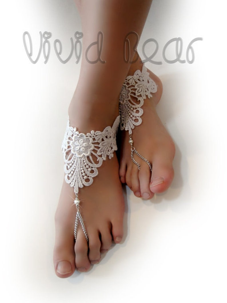 White Lace Foot Jewelry. Barefoot Sandals. White flowers.  6b8c514280c6