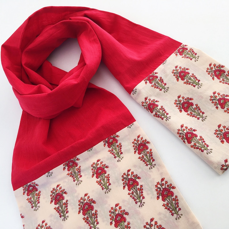 25d3fe9fe39 Red and Floral Block Print Cotton Scarf