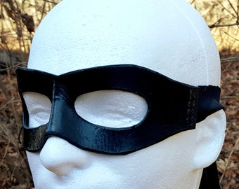 Molded Wide Leather Mask with Cloth Tie - Multiple Color Options - Superhero Pirate Comic Ninja Costume