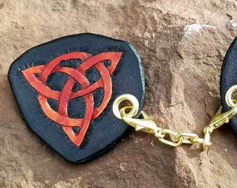 Cloak Clasp - Celtic Knot Screw or Pin Back Removable Clasp - Hand Tooled Leather - Red and Black