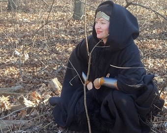 Black Long Cloak with Fur Trim - Full Circle Fleece Medieval Renaissance Comic Cloak Costume Cape