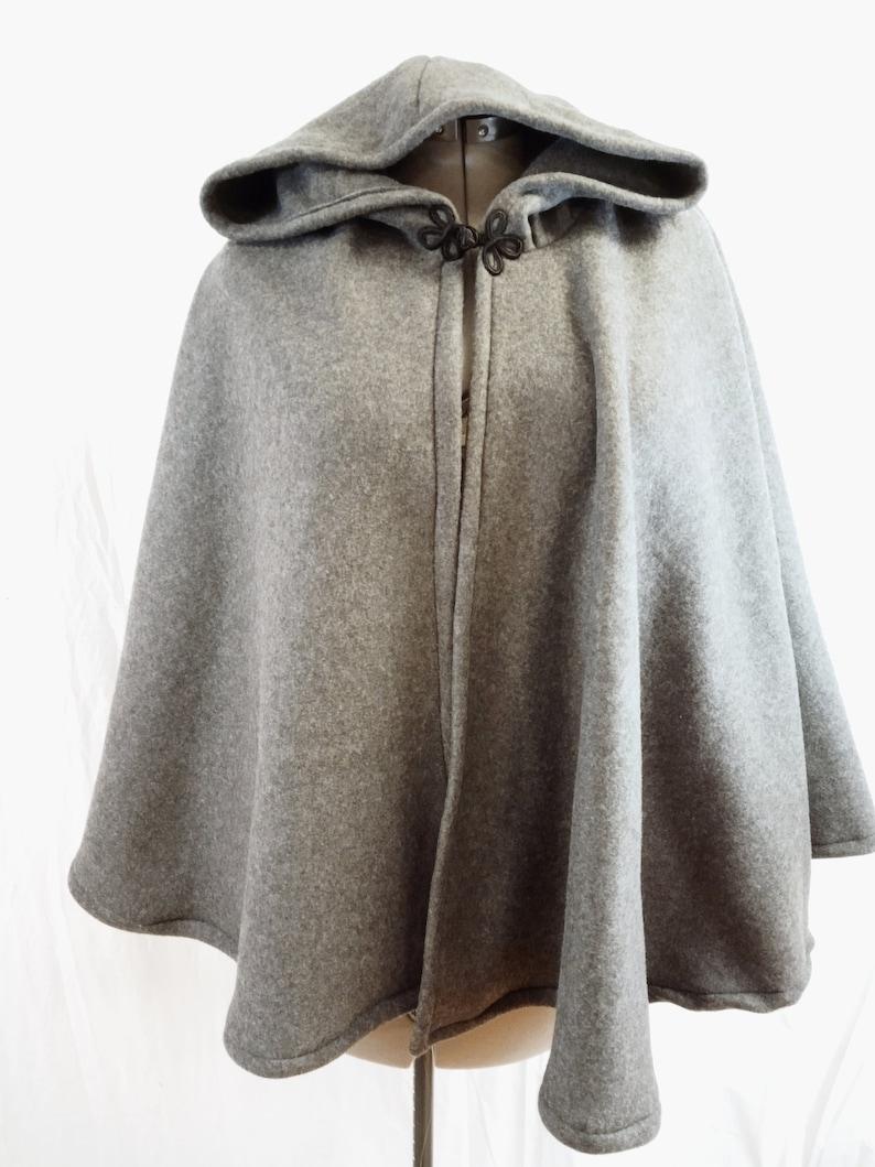 8f8bb90929 Short Fleece Cloak - Dark Grey Full Circle Cloak Cape