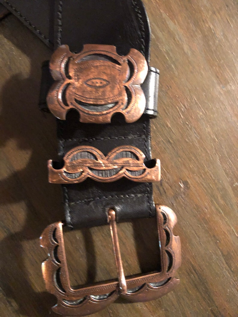 STREETS AHEAD vintage leather belt with copper buckle sideways hang  womens acessories