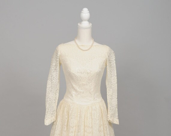 1950 Simple Lace Vintage Wedding Gown