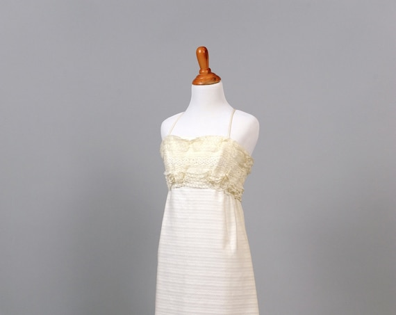 1960 Embroidered Cotton Vintage Wedding Gown