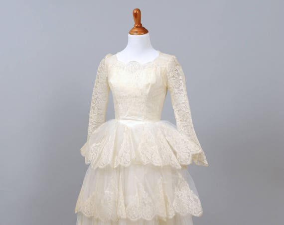 1950's Tiered Scalloped Vintage Wedding Dress