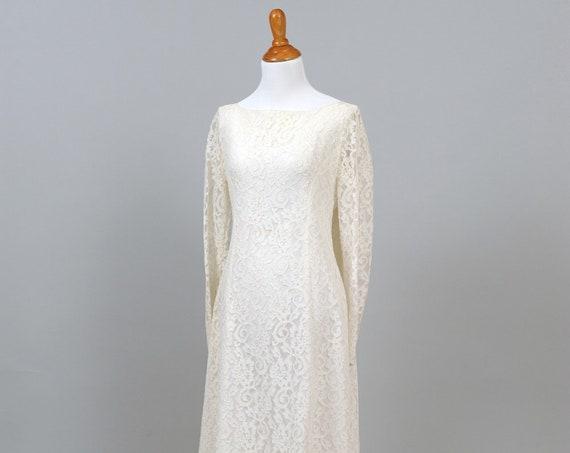 1960's Bateau Neckline Vintage Wedding Gown