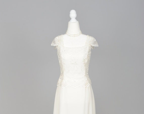 1970 Embroidered Roses Net Vintage Wedding Gown