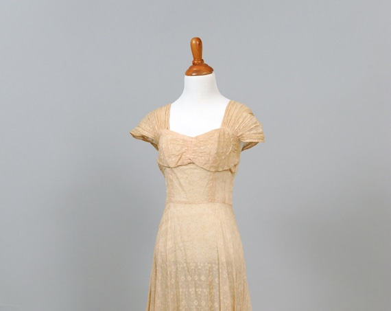 1940 Peach Eyelet Vintage Wedding Gown