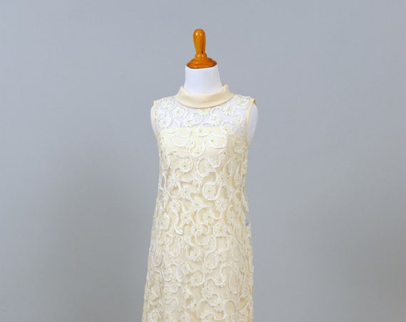 1960 Vanilla Toned Crepe Vintage WeddingGown