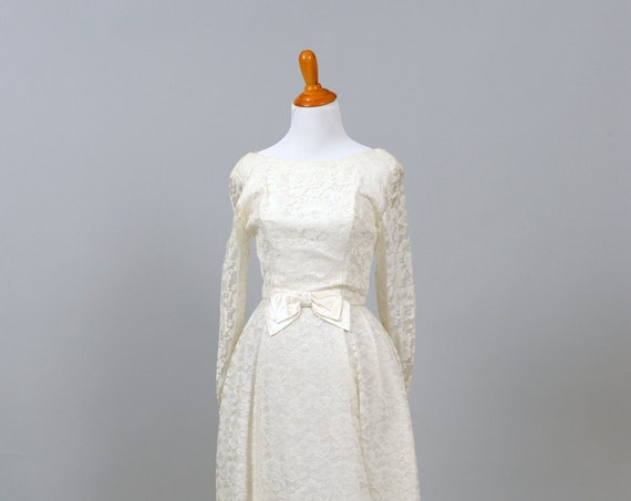 1950 Satin Bow Vintage Wedding Dress