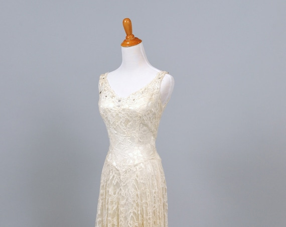 1950 Rhinestone And Lace Vintage Wedding Gown