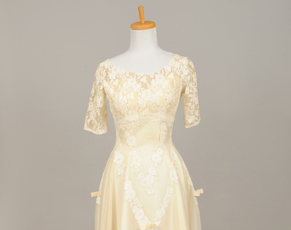 1950 Vanilla Silk Vintage Wedding Gown