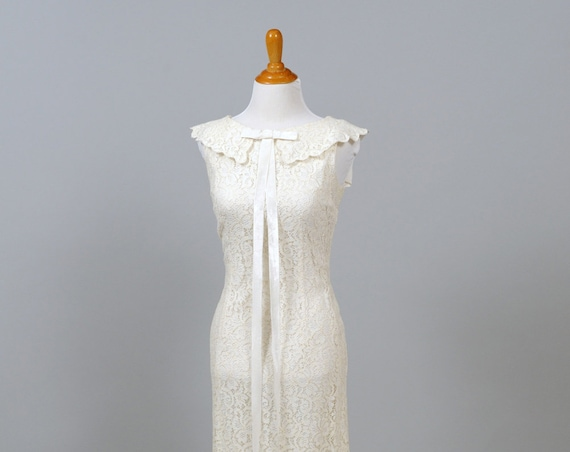 1960 White Ruffled Collar Vintage Wedding Dress