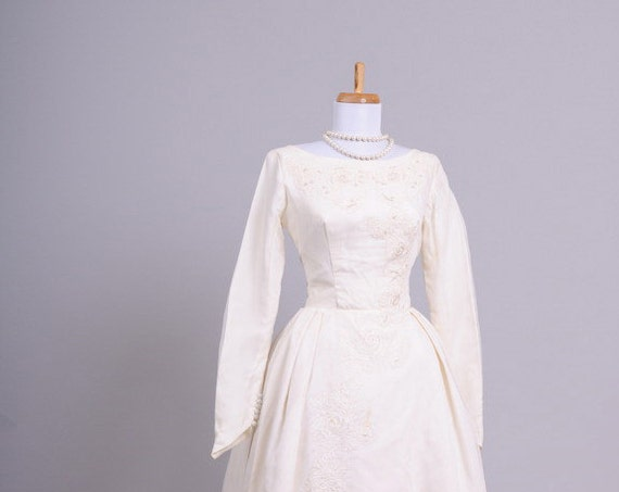 1960 Formal Bustled Vintage Wedding Gown