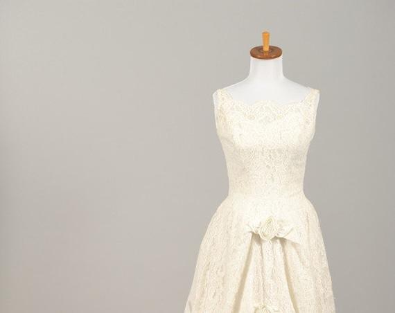 1960 Rosette Lace Vintage Wedding Gown
